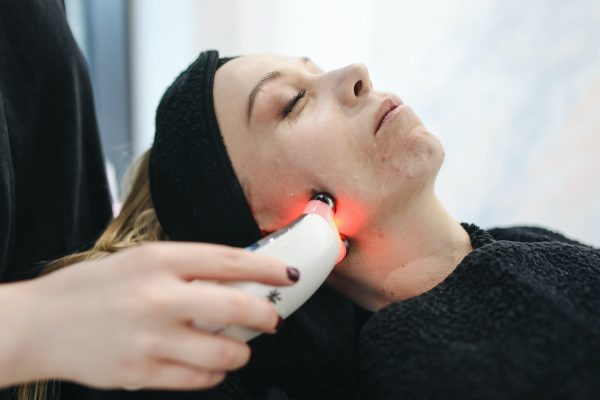 Non-invasive Skin Clinic in West Sussex   nu-beau